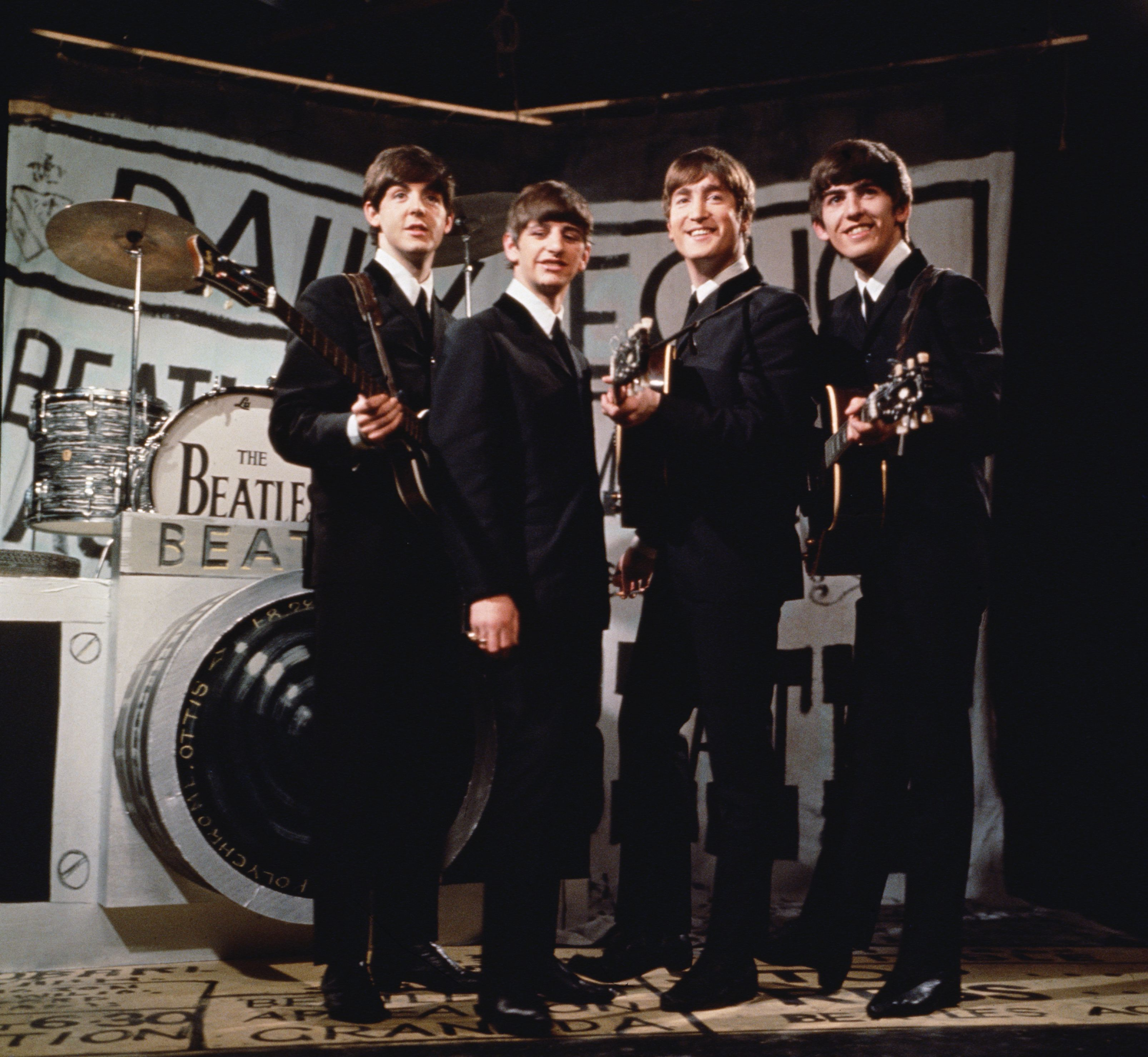 Happy Beatles.