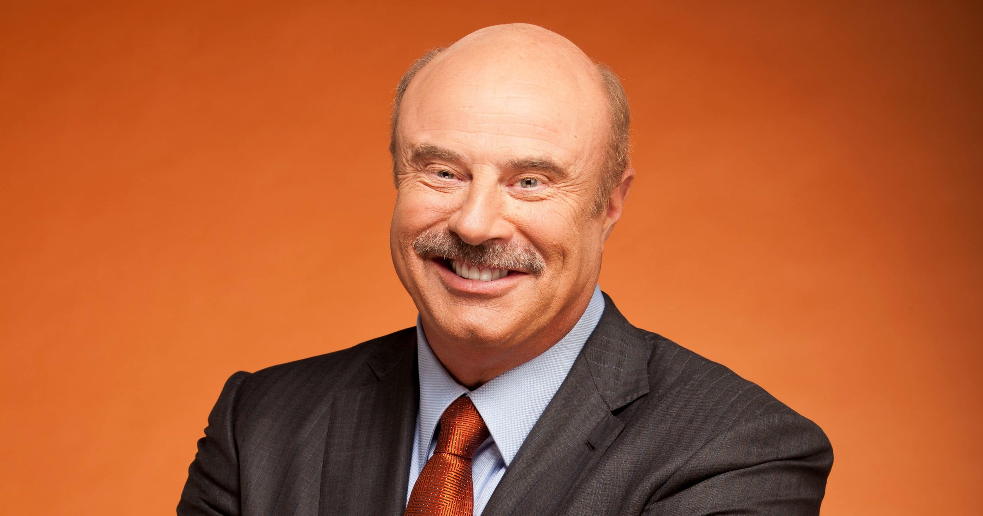 30 behind the scenes facts about dr phil. Black Bedroom Furniture Sets. Home Design Ideas