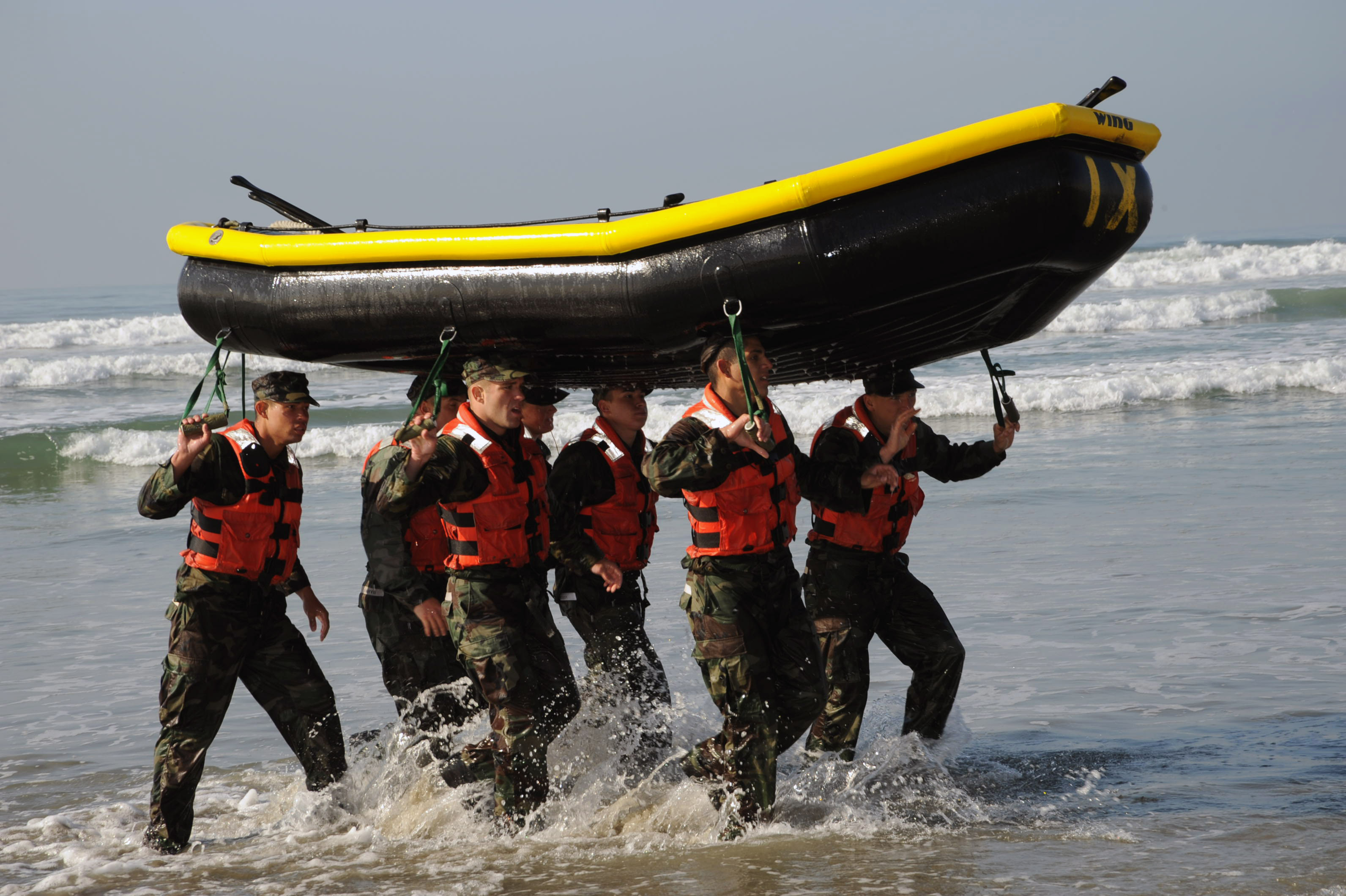 44 Hardcore Facts About Navy SEALs