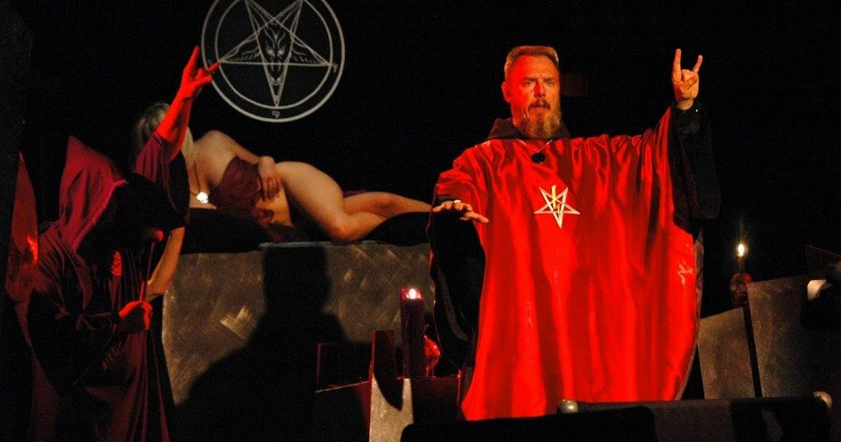 42 weird facts about marilyn manson marilyn manson facts m4hsunfo