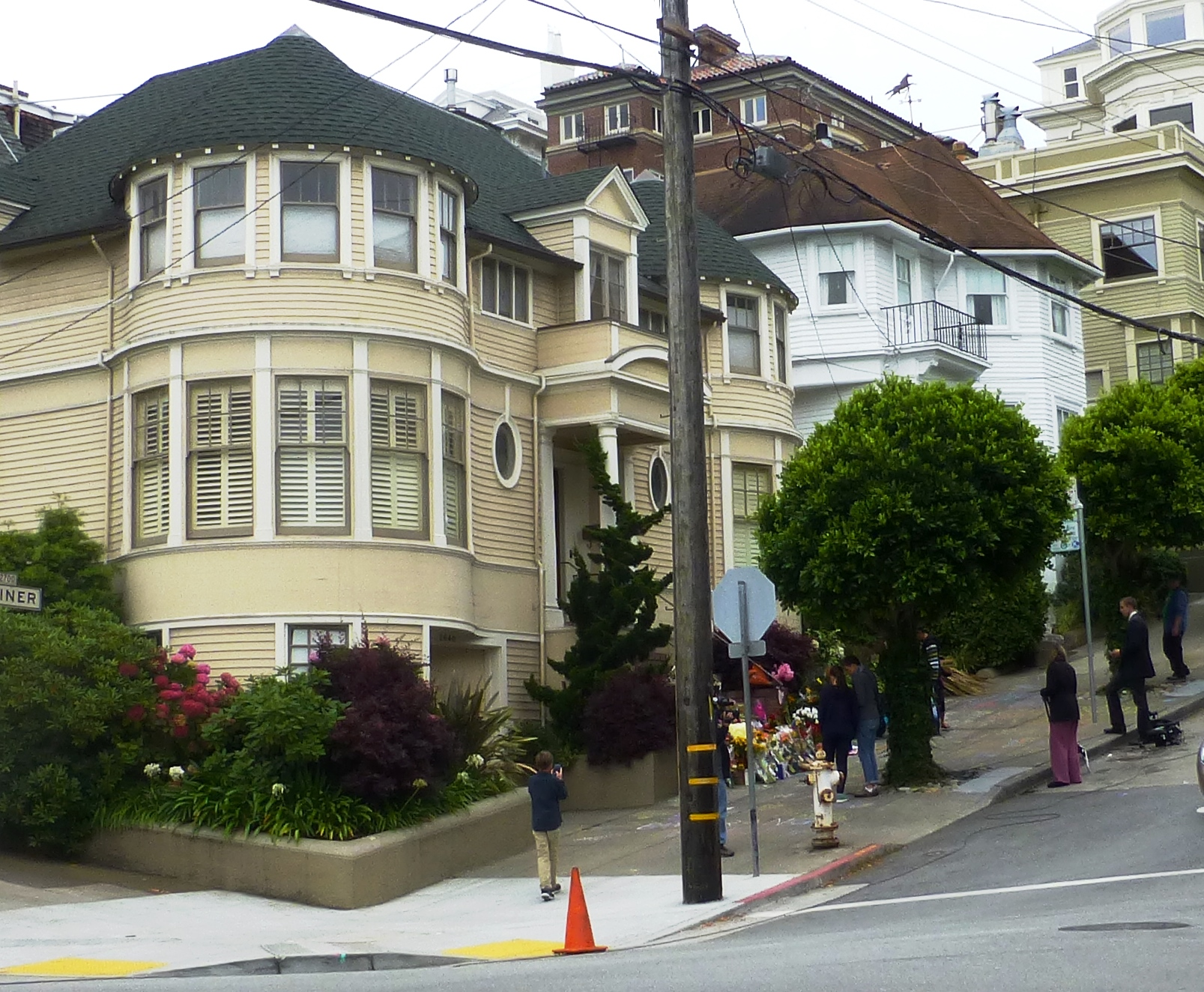 24 Behind The Scenes Facts About Mrs Doubtfire