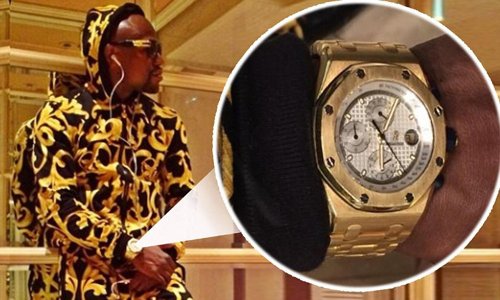 during fight floyd watch hublot wear mayweather lover logo wears watches major ablogtowatch to pacquiao