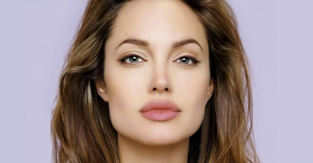 43 Gorgeous Facts About Angelina Jolie