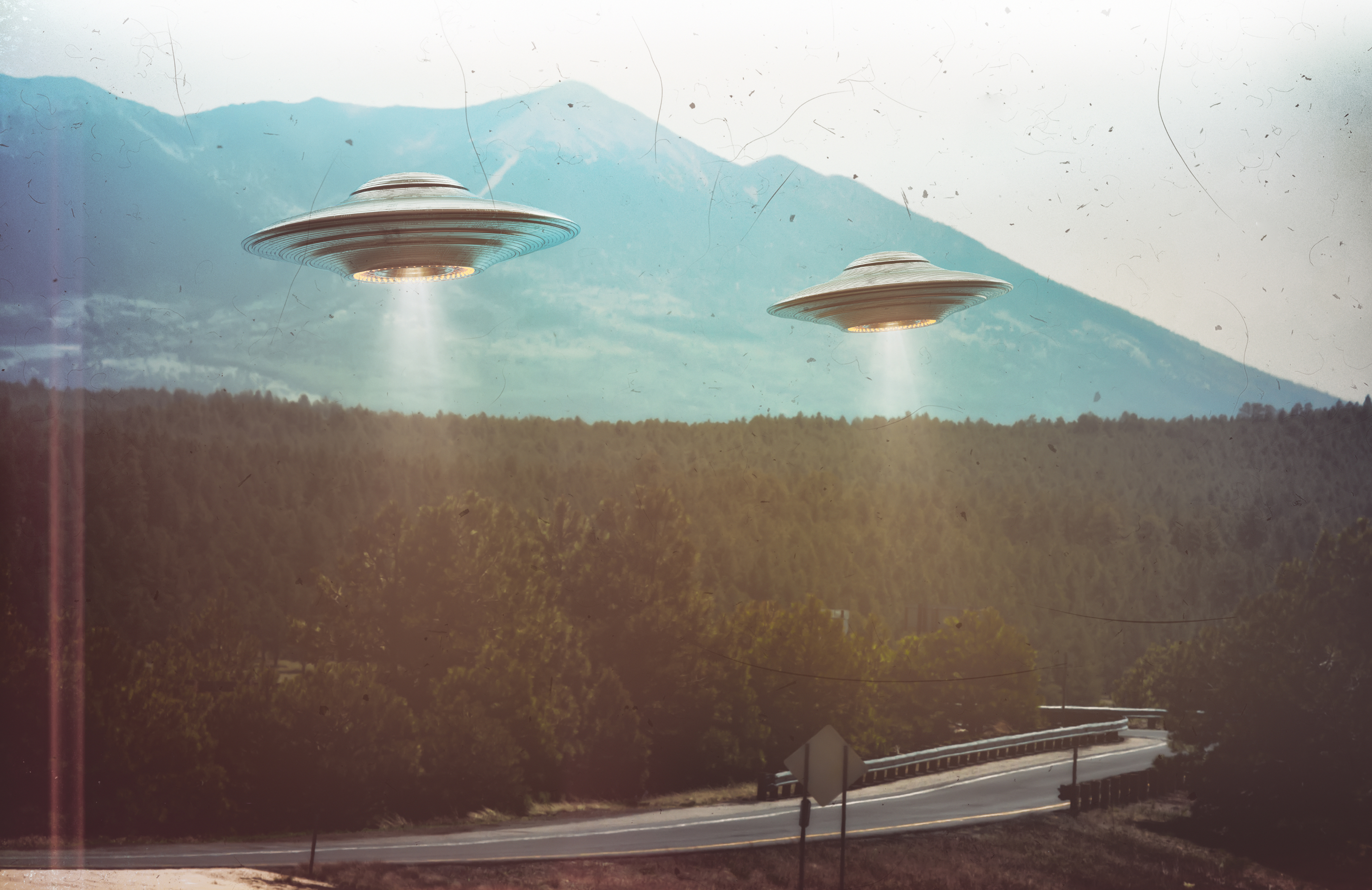 26 Out-Of-This-World Facts About UFOs