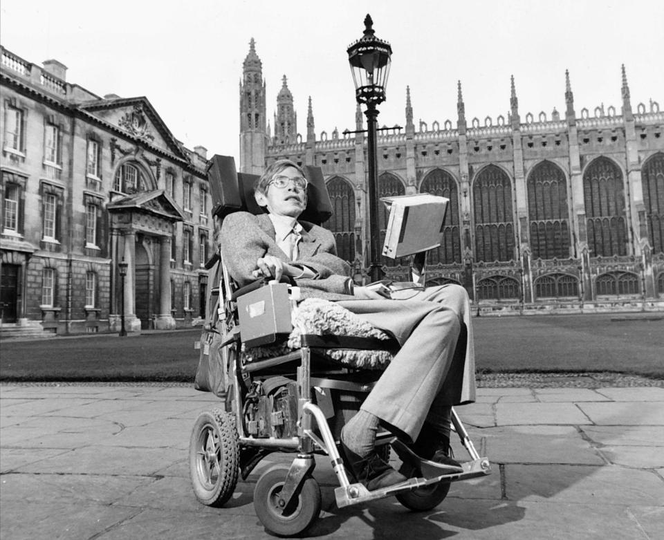 42 timeless facts about stephen hawking. Black Bedroom Furniture Sets. Home Design Ideas