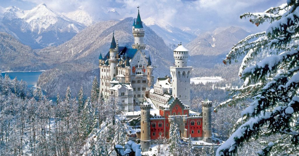 24 Formidable Facts About Castles