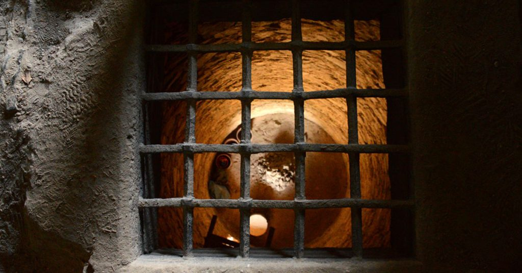 24 Torturous Facts About Prisons and Dungeons
