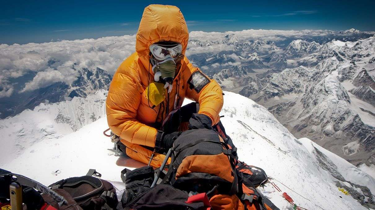 mount everest case Leadership lessons from the 1996 mt everest tragedy and disaster the authors of four case studies present lessons for today's leaders from.