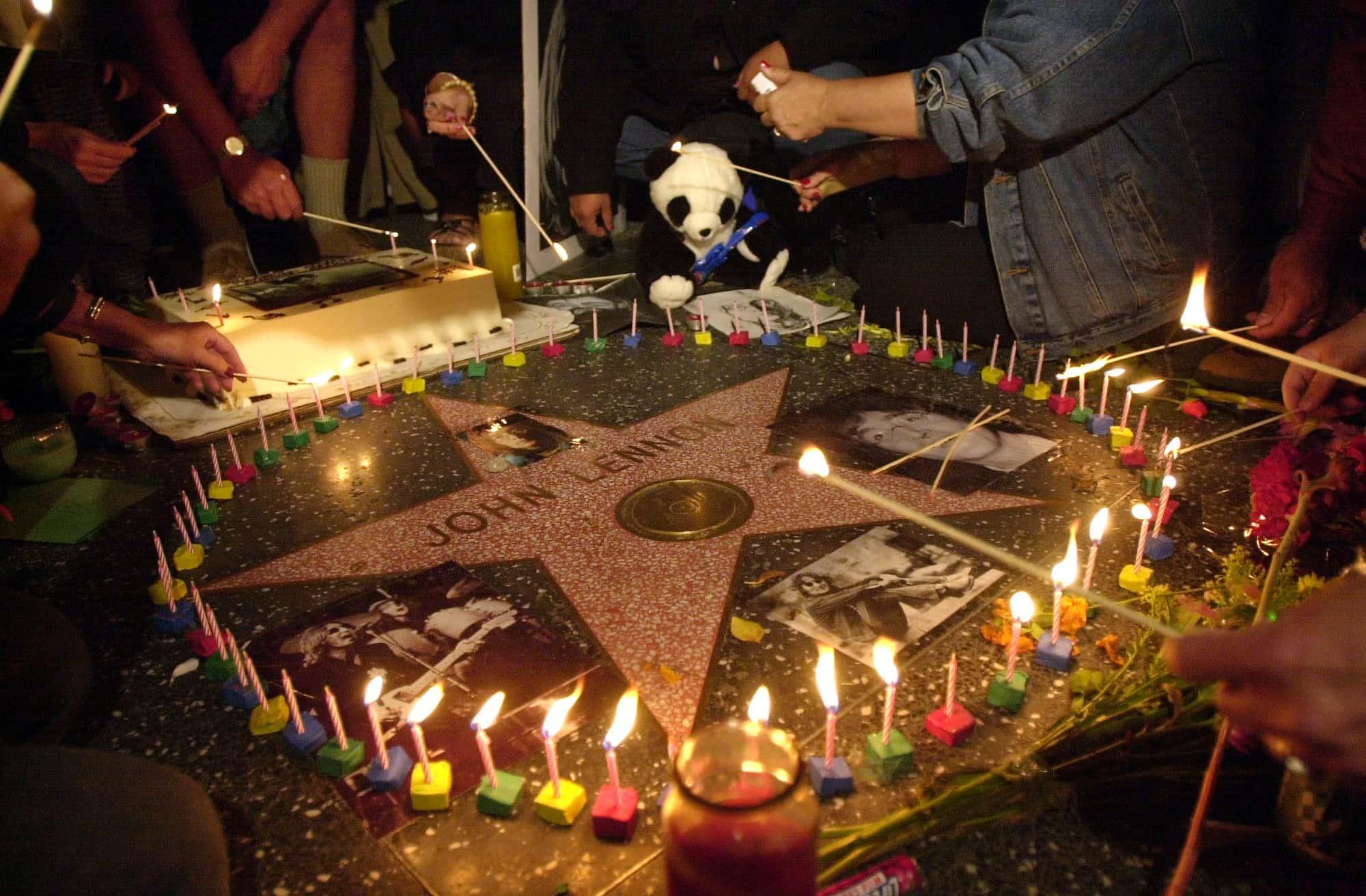 Fans Celebrate John Lennon's 60th Birthday