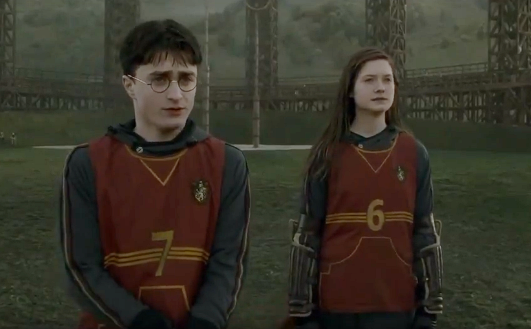 46 Hand-Me-Down Facts About The Weasleys