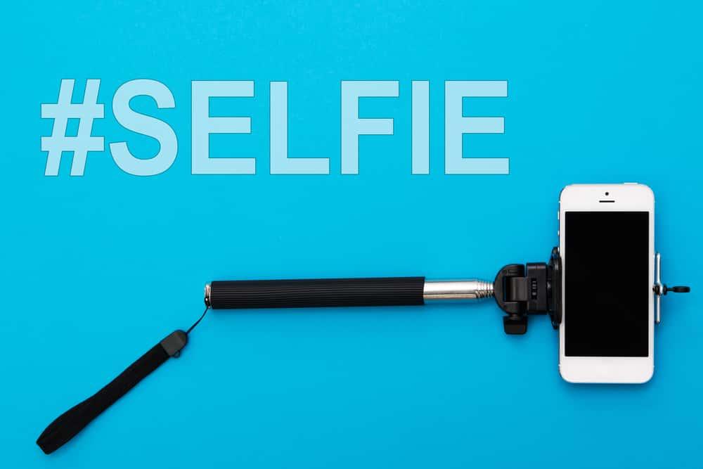 Selfie Facts