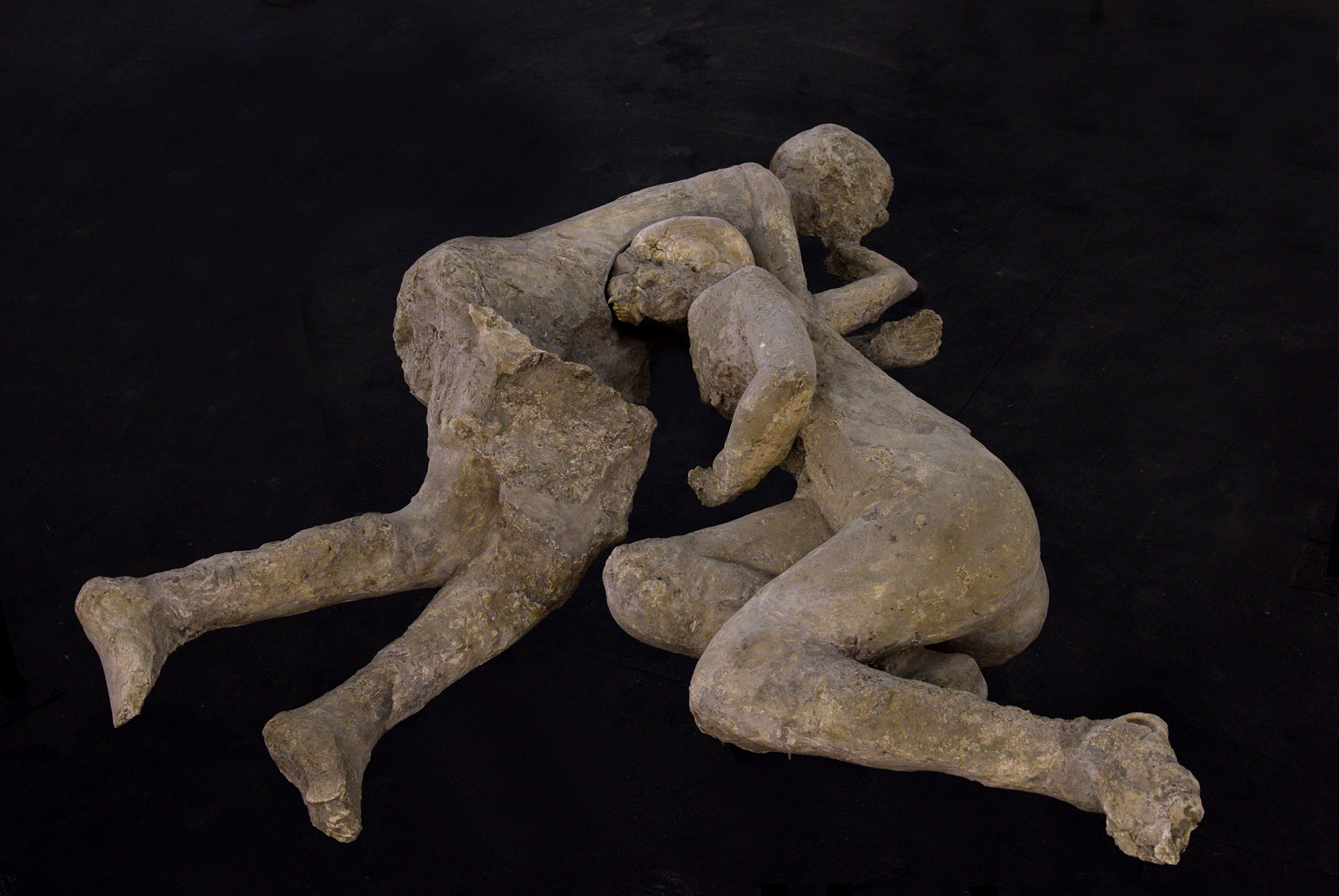 Pompeii pictures of victims kissing