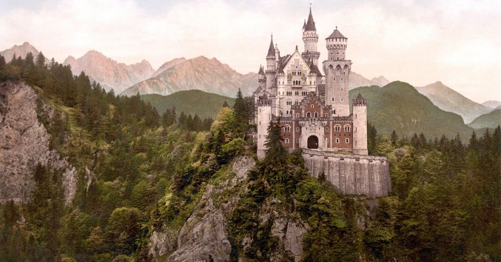10 Formidable Facts About Castles
