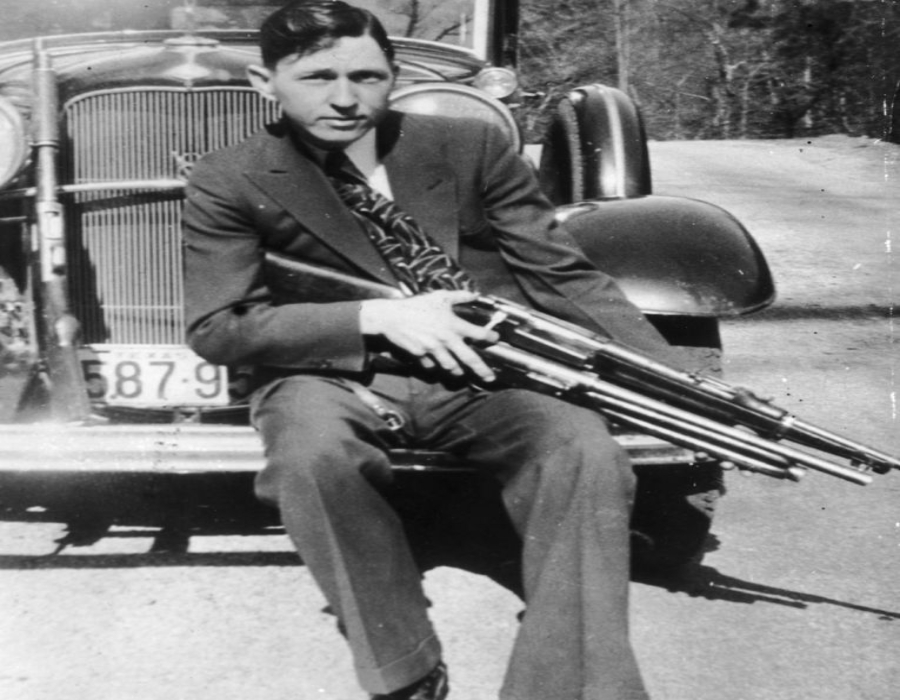 43 Outlawed Facts About Bonnie and Clyde