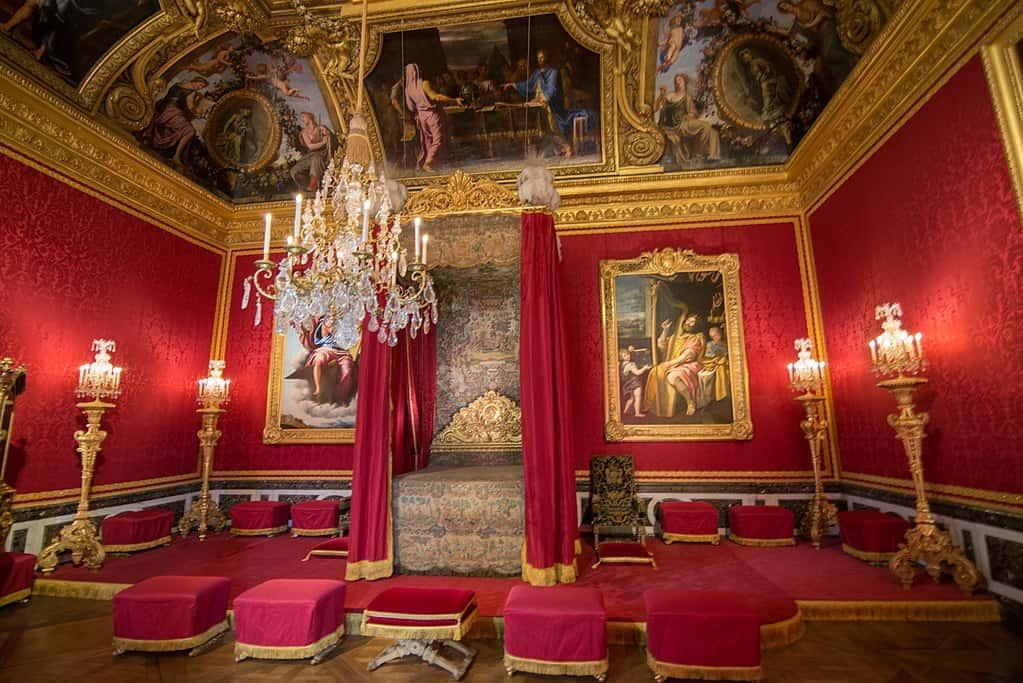 Versailles Facts