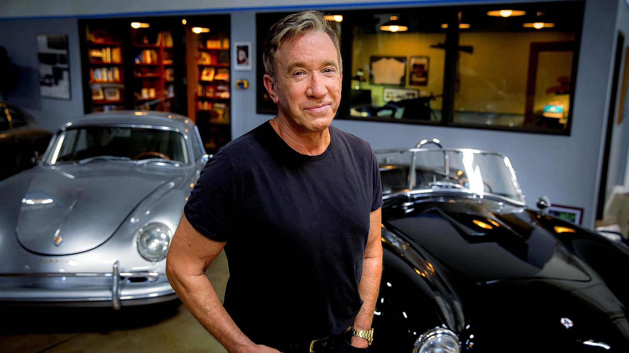 Тим Алън и колите в гаража му.