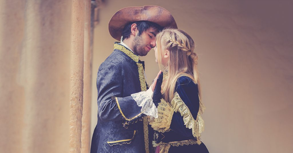 42 Heart-Pounding Facts About History's Most Messed Up Love Stories