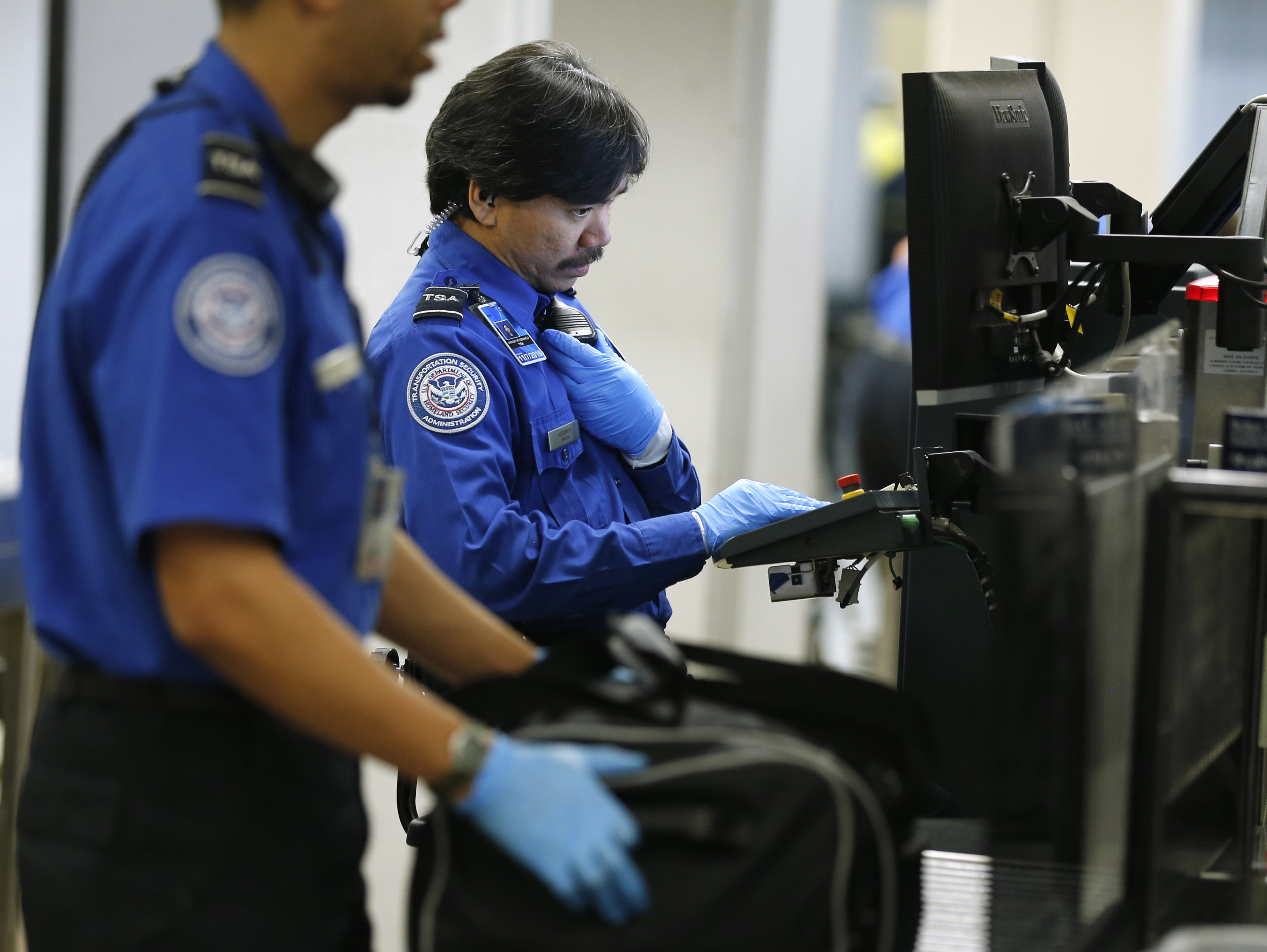 Sneak Through Airport Security facts