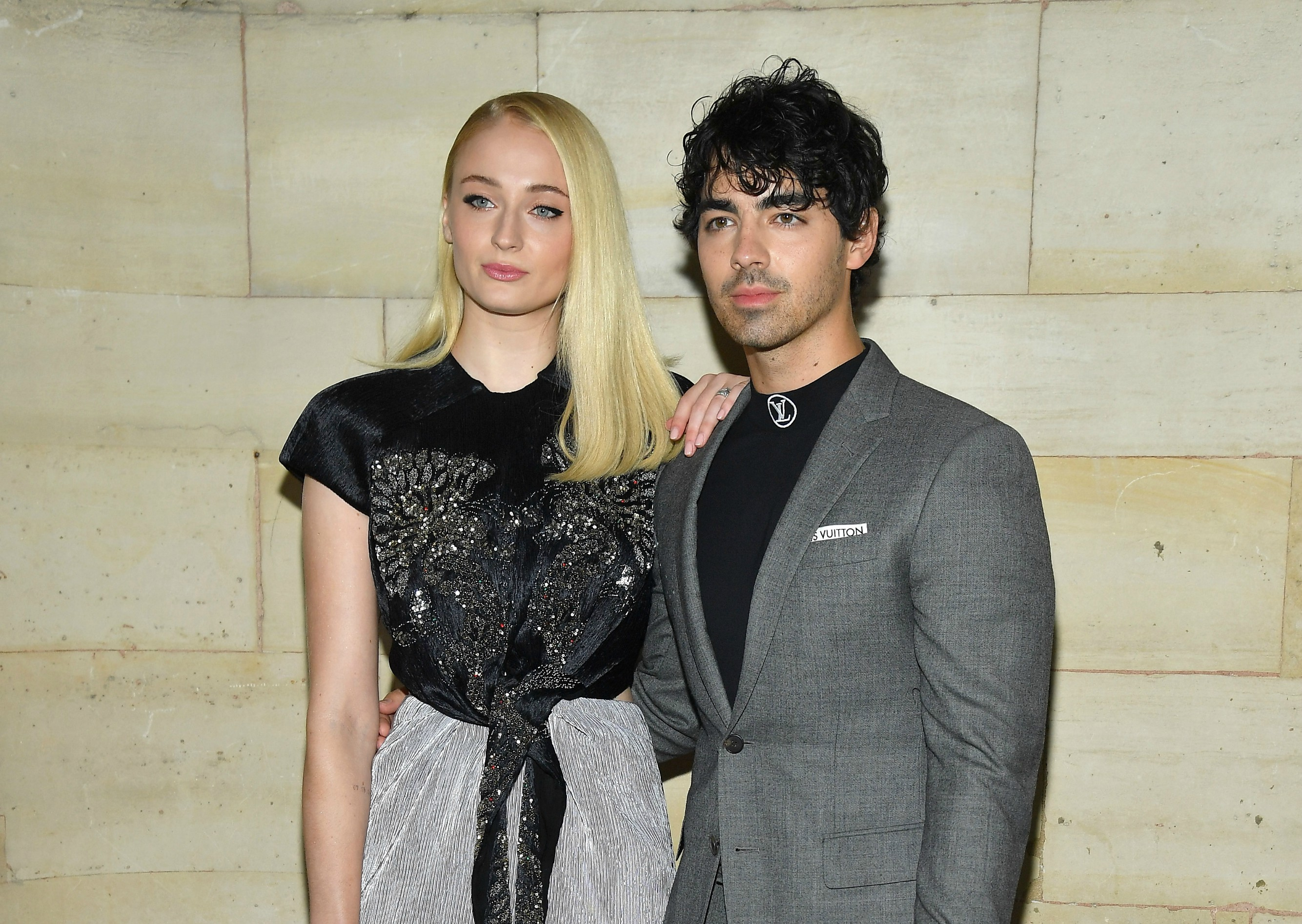 Louis Vuitton : Front Row - Paris Fashion Week Womenswear Spring/Summer 2019. Sophie Turner and Joe Jonas.
