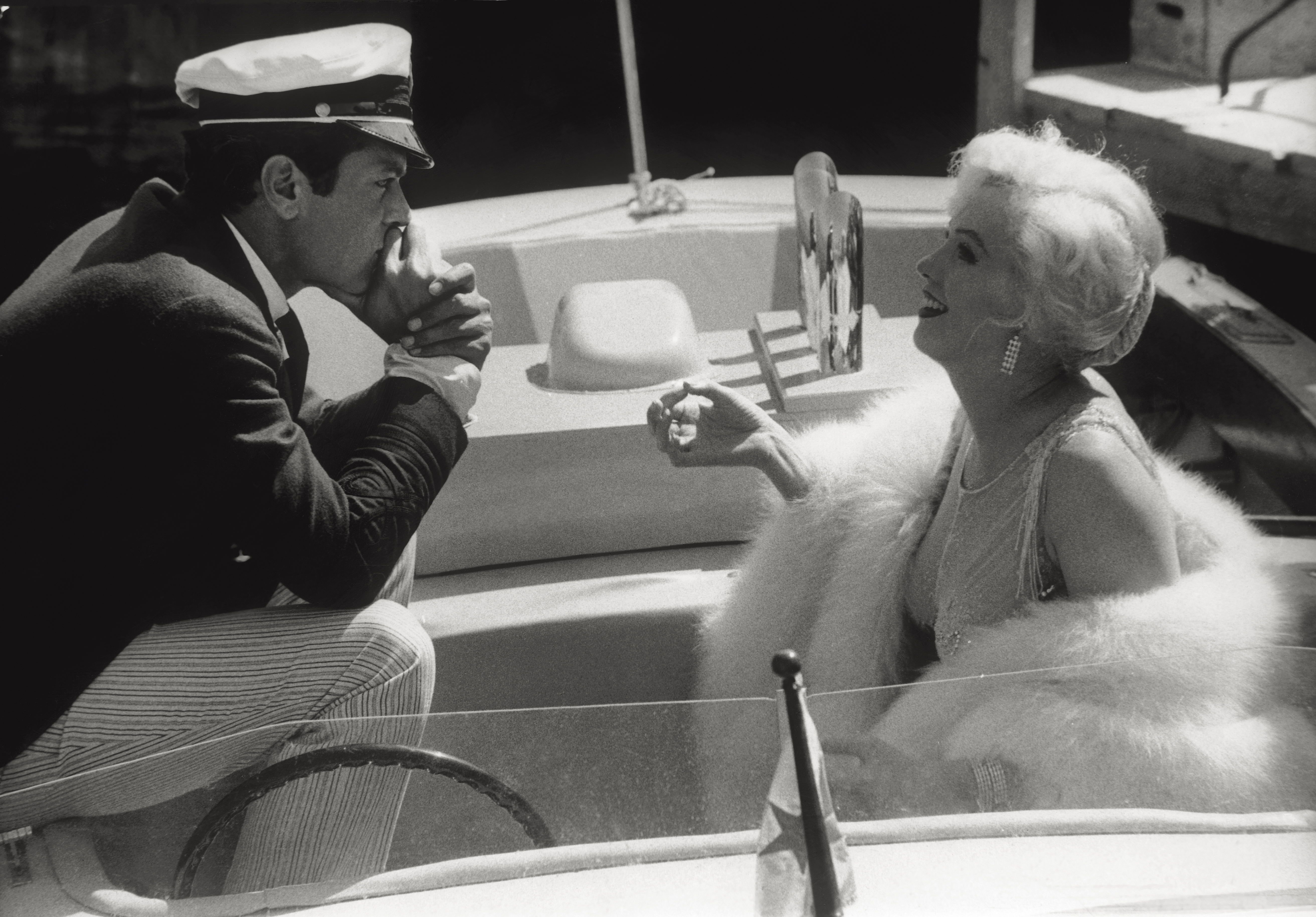 Tony Curtis And Marilyn Monroe In 'Some Like It Hot'.