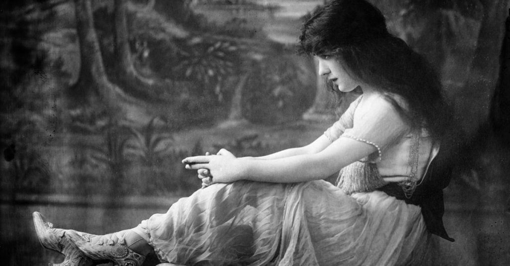 The Tragic History of Evelyn Nesbit, The Gilded Age's It Girl And The Crime Of The Century: Part 1