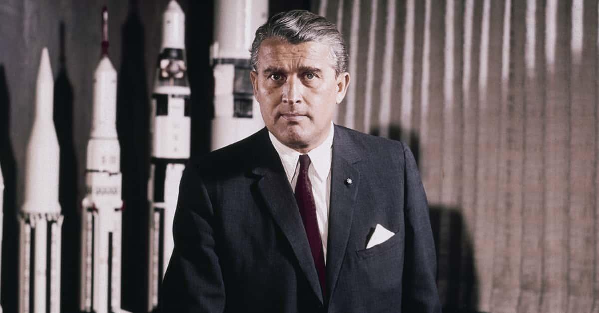 Wernher von Braun Editorial