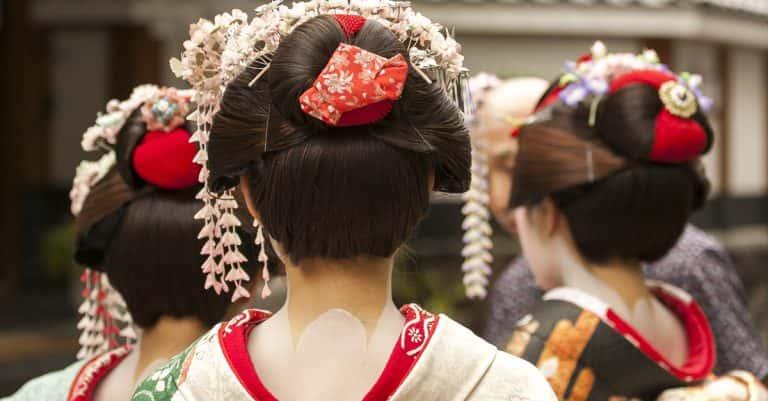 The Real Memoirs Of A Geisha: The Life Of Mineko Iwasaki
