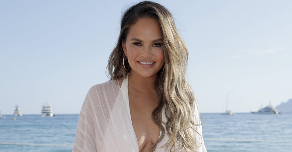25 Sassy Facts About Chrissy Teigen