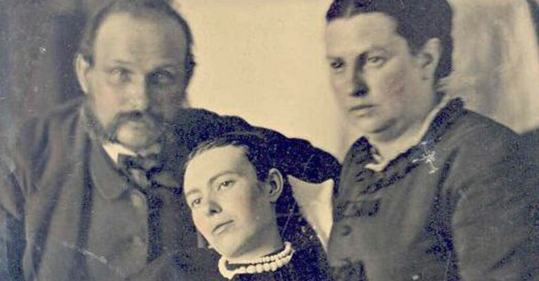 Victorian Death Photography