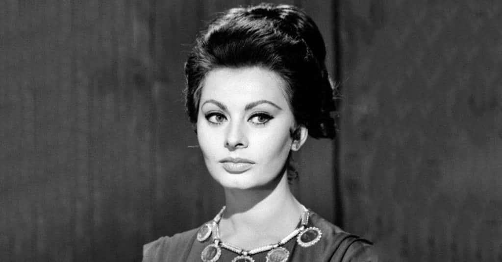 42 Seductive Facts About Sophia Loren, The Italian Screen Siren