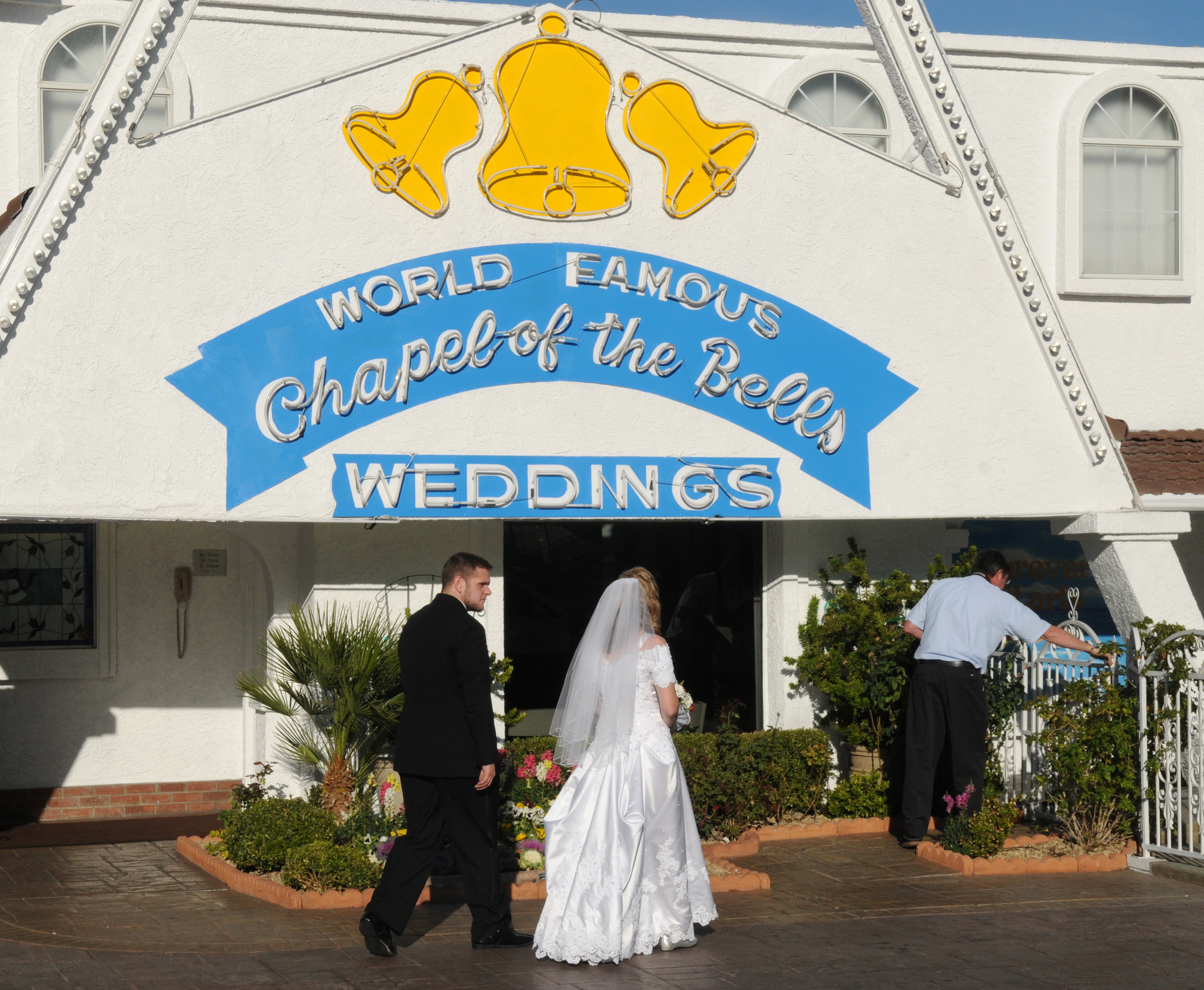 Wedding Guests Refused To Hold Their Peace facts
