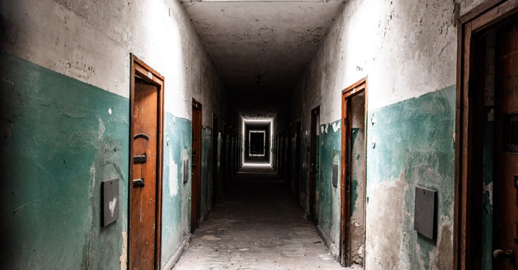 People Share Their Experiences With Freaky Abandoned Places