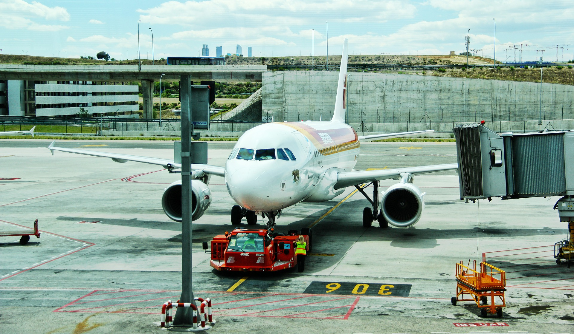 World of Airports facts