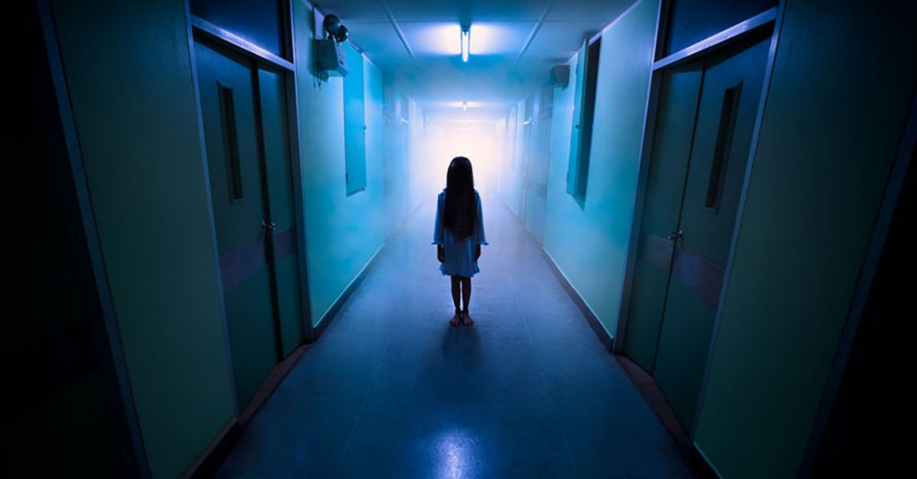 Doctors And Nurses Share Their Hospital Horror Stories