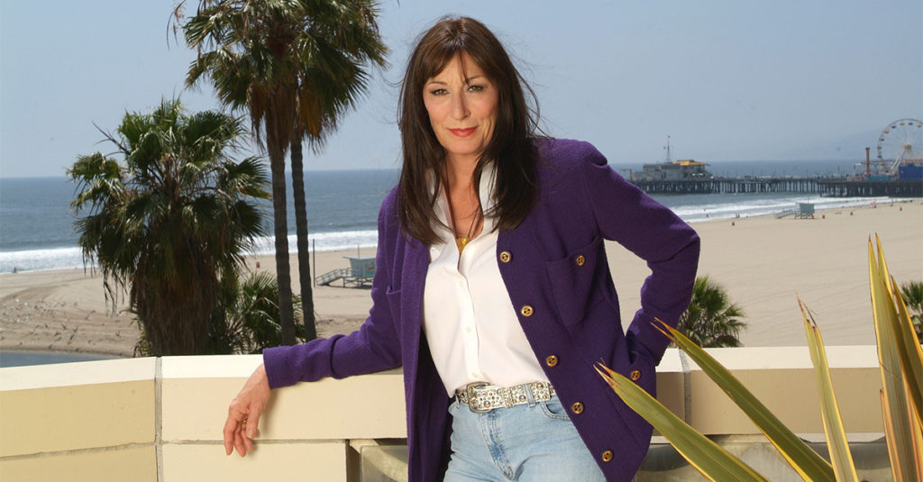 Provocative Facts About Anjelica Huston, The Hollywood Minx
