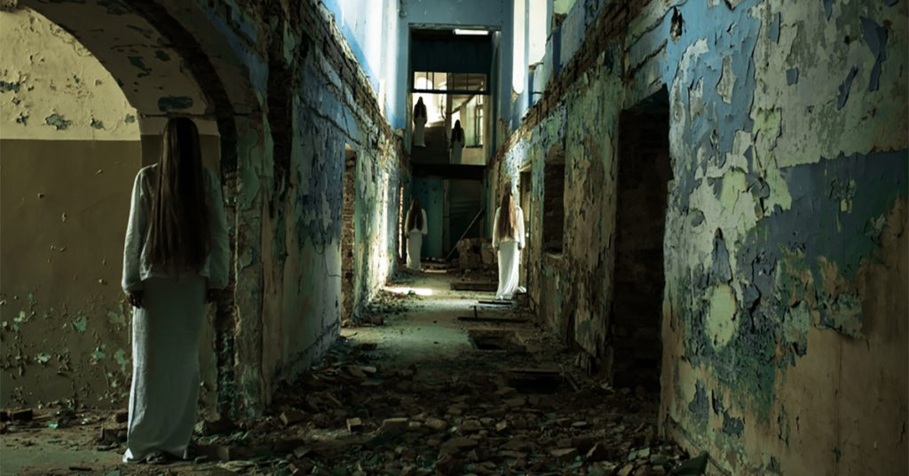 People Share Their Creepiest Stories About Exploring Abandoned Buildings