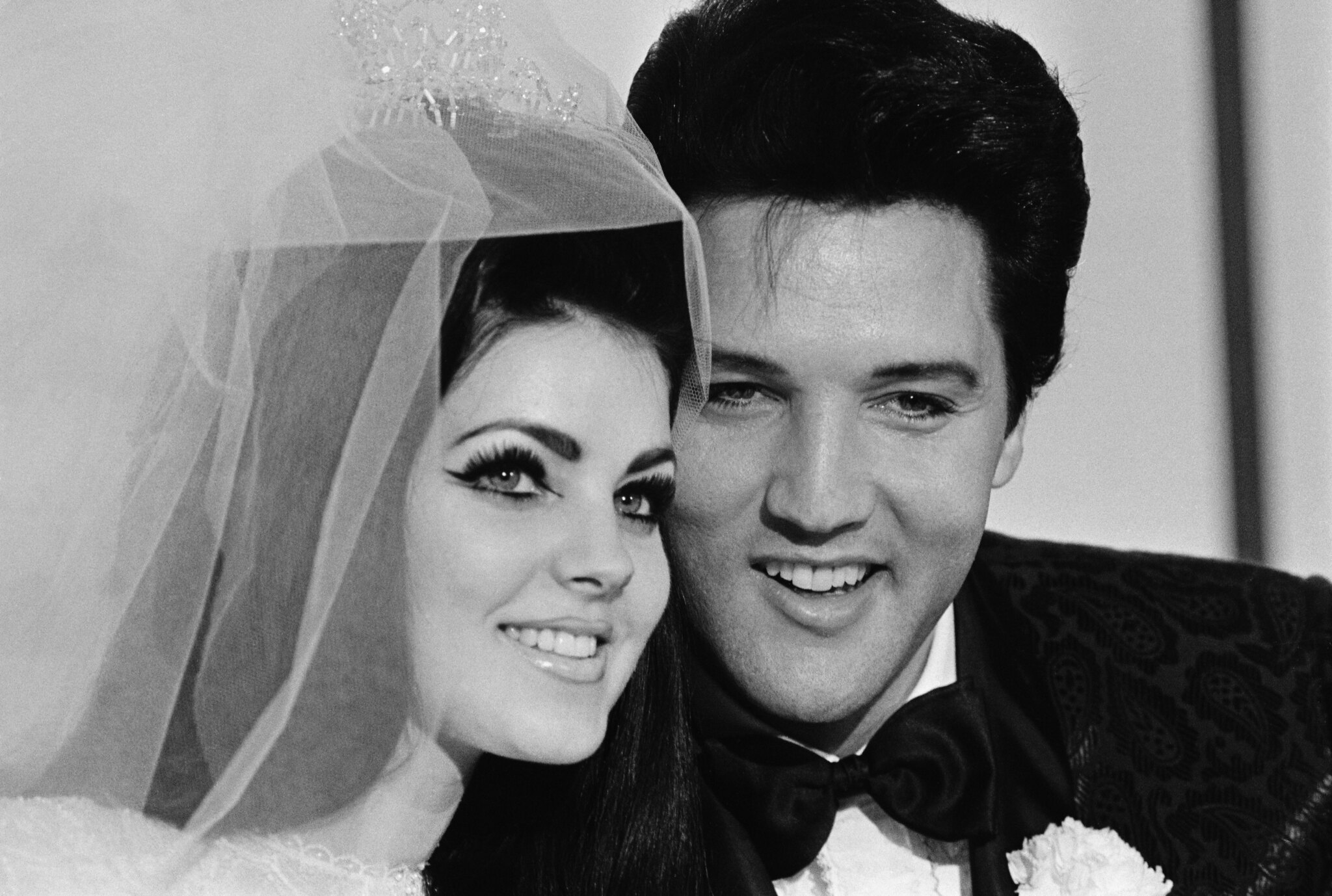 Priscilla Presley Facts