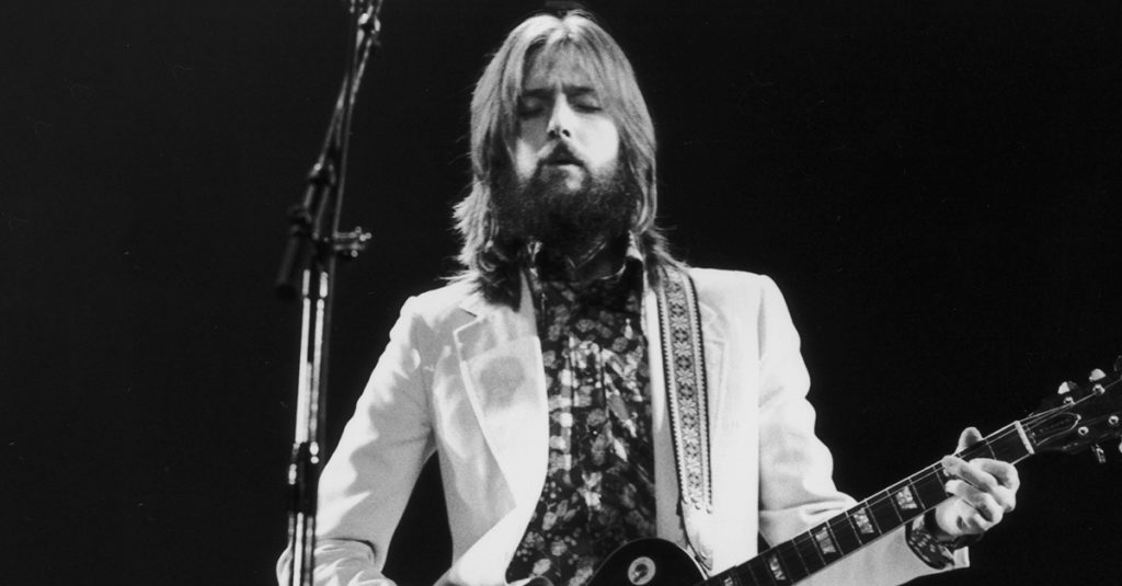42 Legendary Facts About Eric Clapton, The Rock God