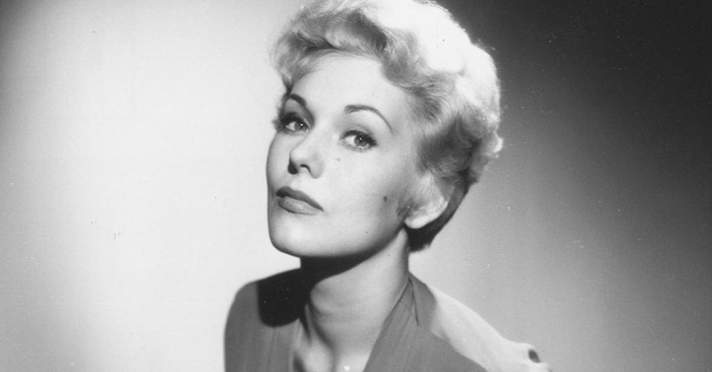 42 Defiant Facts About Kim Novak, The Hitchcock Blonde