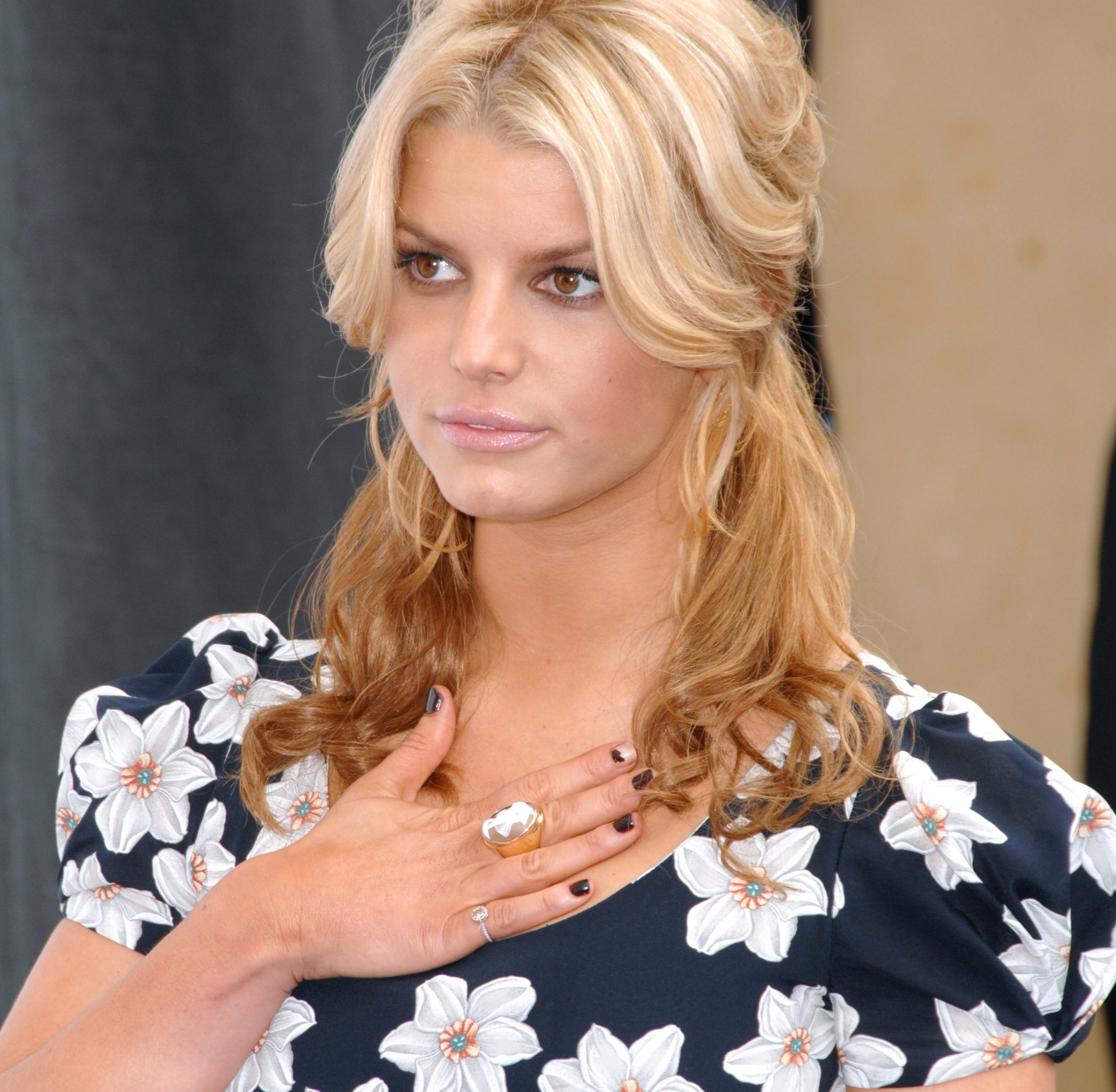 Jessica Simpson Facts