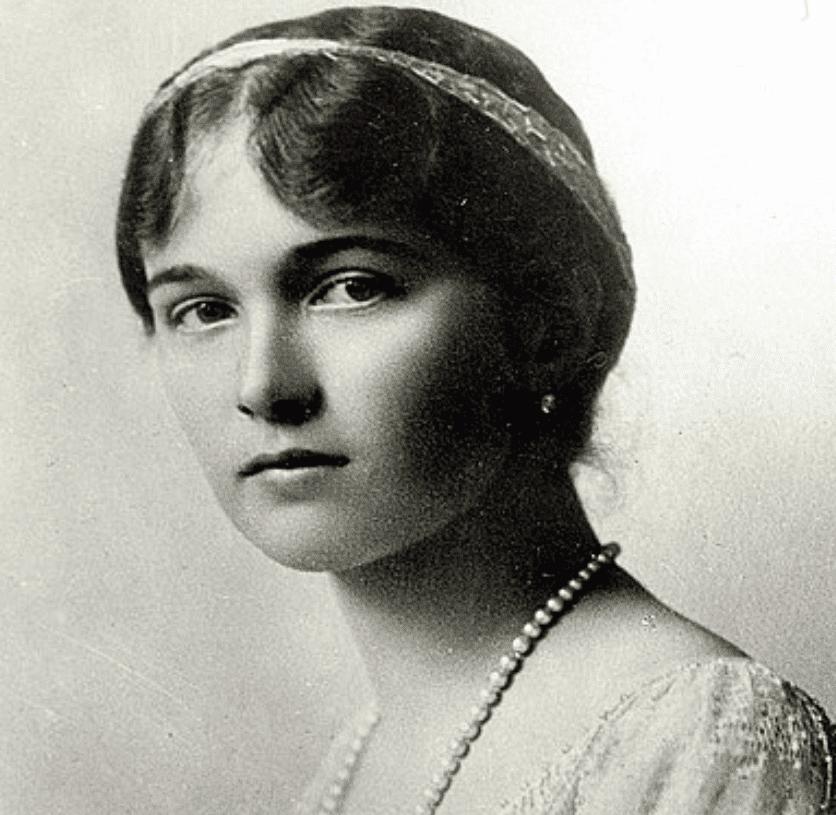 Olga Romanova Facts