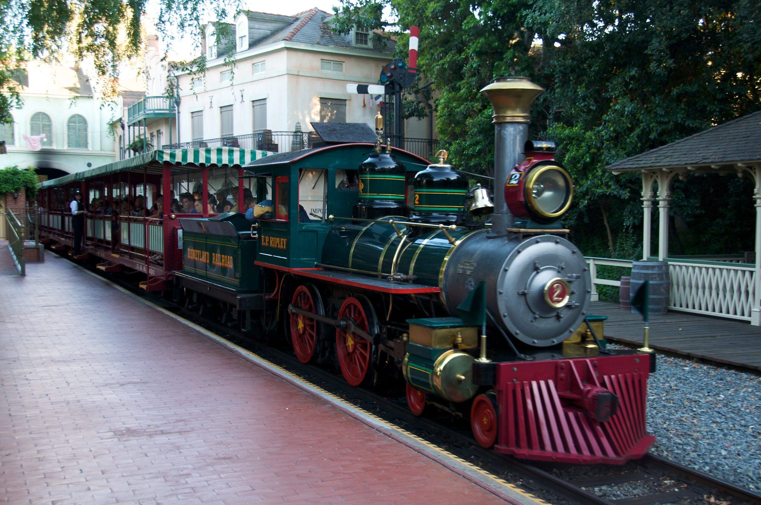 Theme Parks Facts