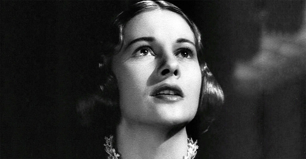 Heartbreaking Facts About Joan Fontaine, The Feuding Starlet