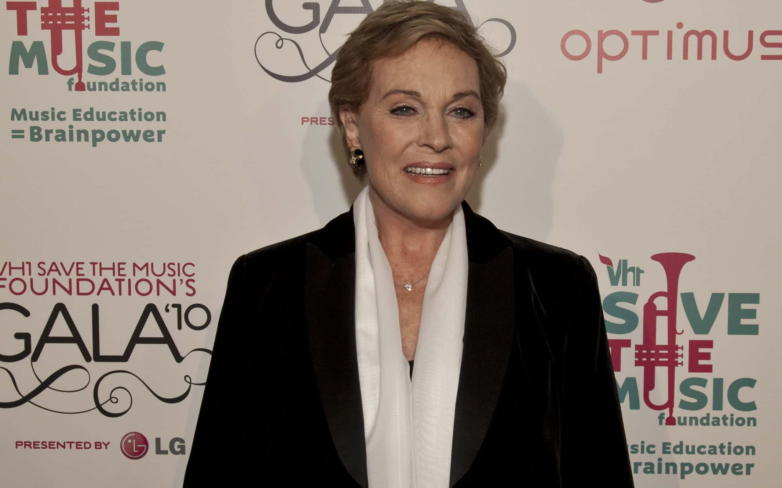 Julie Andrews facts