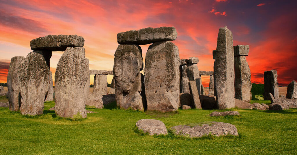 Ancient Facts About Stonehenge, England's Most Mysterious Site