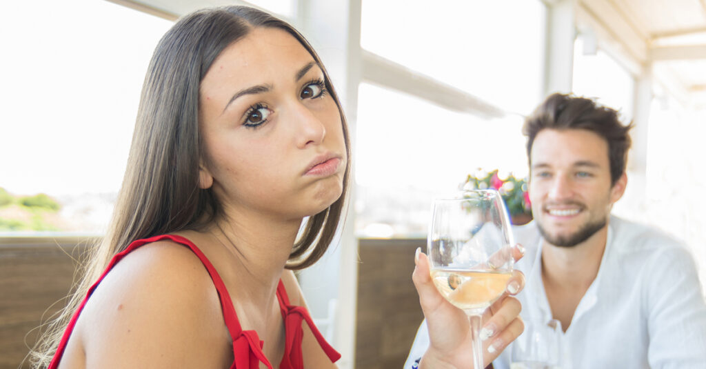 Get Me Out Of Here: People Describe Their Worst Dates Ever