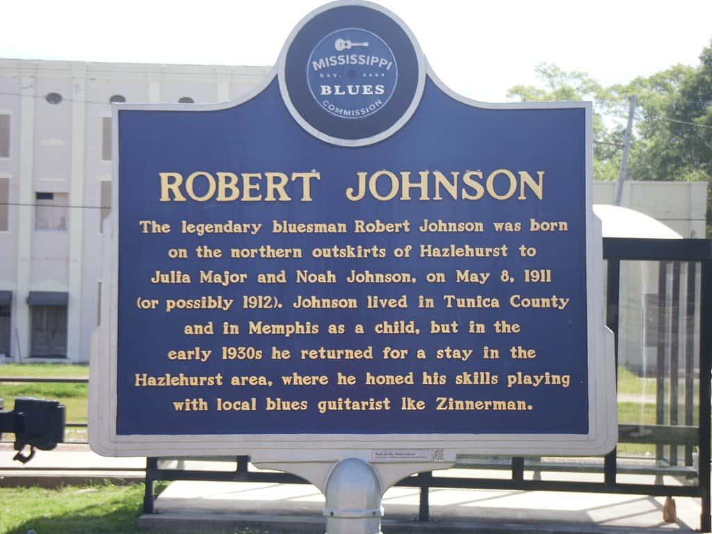Robert Johnson Facts