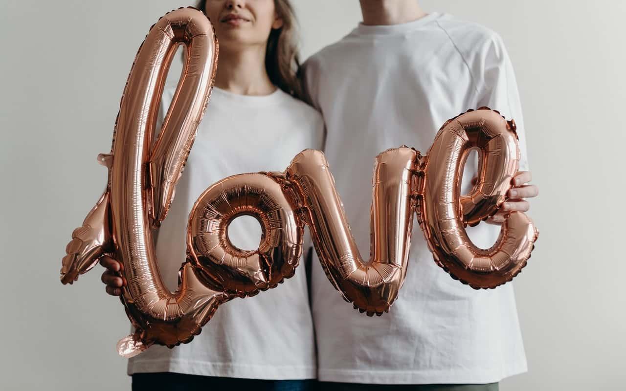 Dating an idiot