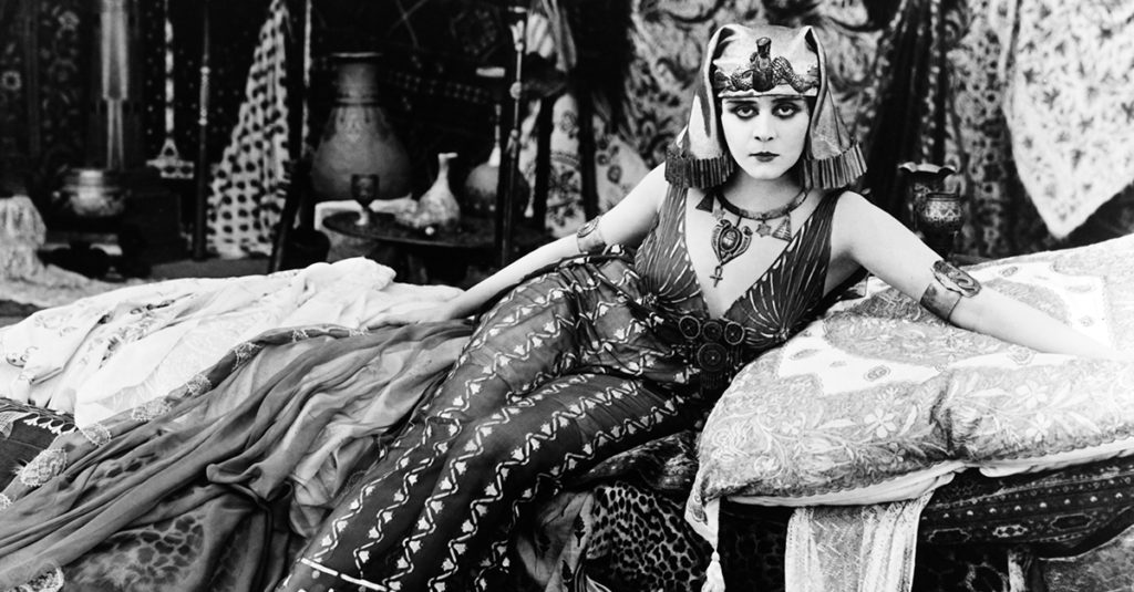 "Seductive Facts About Theda Bara, Hollywood's First ""Vamp"""