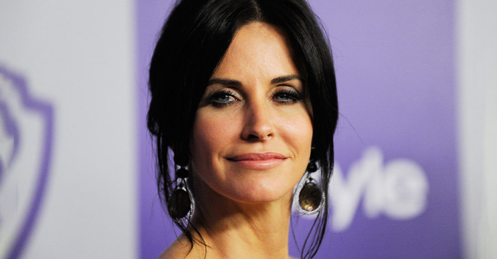 Friendly Facts About Courteney Cox, The Brunette Beauty
